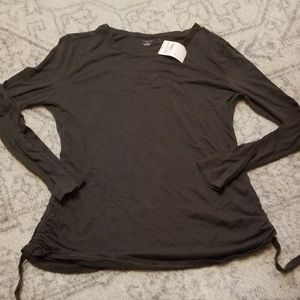 14th and Union long sleeve army green tee